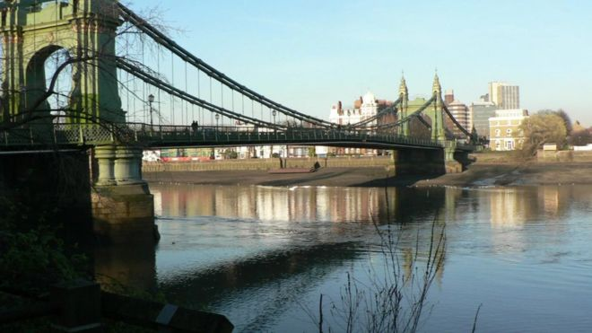 moving to west london - hammersmith bridge